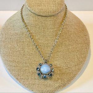 Vtg AVON Moon Magic Rhinestone Pendant Necklace